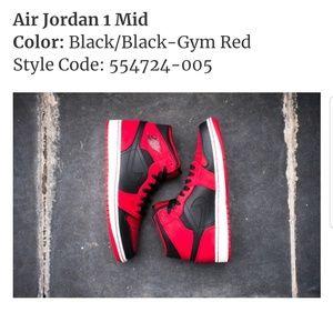 Air Jordan 1 Mid Bred Men Size 13